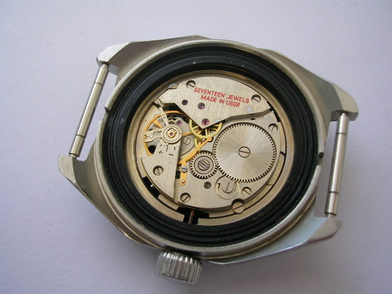 Vostok Radio Room 2409A movement